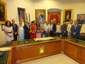 La Corporación Municipal con los Galardonados
